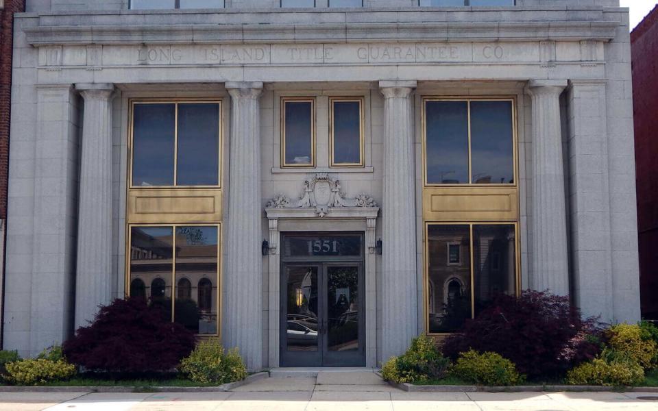 1551 Franklin Avenue